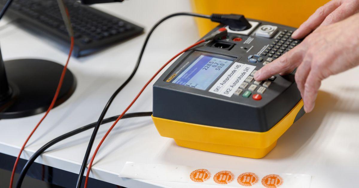 Elektroprüfung nach DGUV V4  • Technikwerker Net